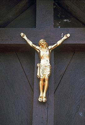 Deutschland, Chiemsee, Kruzifix - p2680595 von Rui Camilo