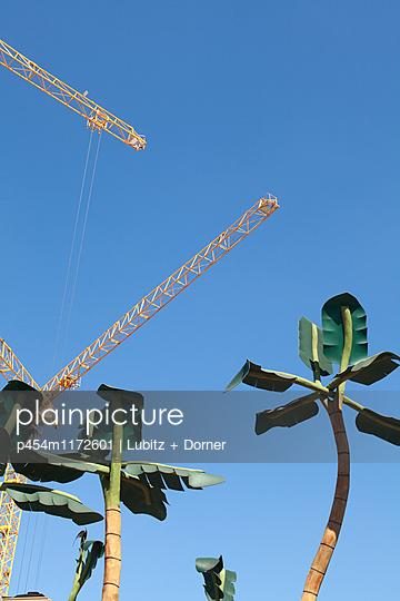 Baustelle Hafencity - p454m1172601 von Lubitz + Dorner
