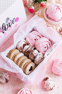 Pink box of biscuits and candy - p1427m2110066 by Aleksandr Kuzmin