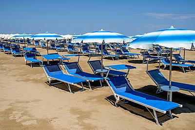 Italian Beach - p1483m2027334 by F Moura
