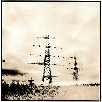 Power lines - p2681925 by Oliver Tamagnini