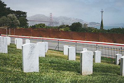 San Francisco National Cemetry - p1290m1152475 by Fabien Courtitarat