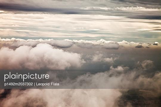 Über den Wolken - p1492m2037302 von Leopold Fiala