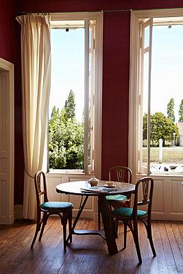 Breakfast room - p349m787016 by Alun Callender