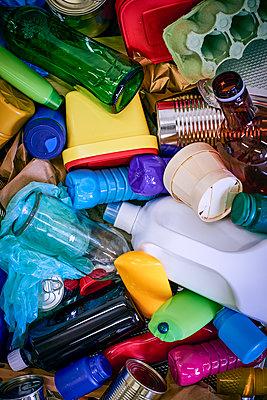 Müllentsorgung - p227m2008261 von Uwe Nölke