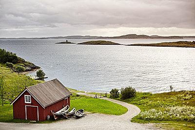 Fishing cabin - p1305m1132829 by Hammerbacher