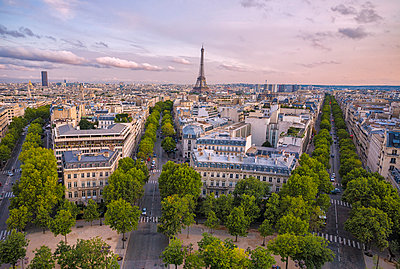 View over Paris at sunset, Paris, France, Europe - p871m1081203f by Roberto Moiola