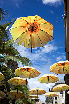 Umbrellas as decoration - p304m1219338 by R. Wolf