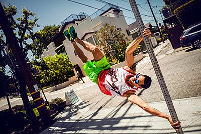 Stuntmen - p930m1162725 von Phillip Gätz