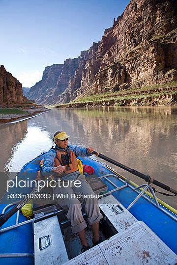 p343m1033099 von Whit Richardson photography
