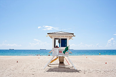 Lifeguard Tower - p535m815713 by Michelle Gibson