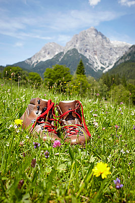 Hiking boots - p464m939943 by Elektrons 08