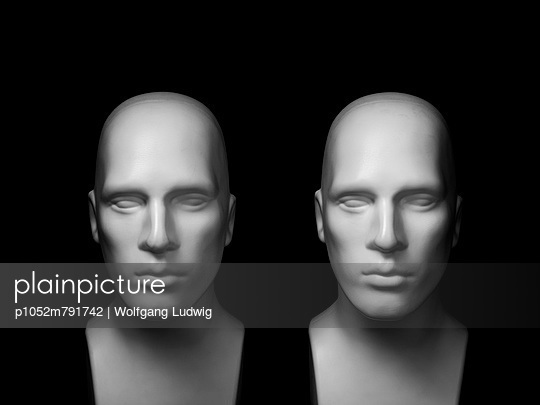 Still life heads - p1052m791742 by Wolfgang Ludwig