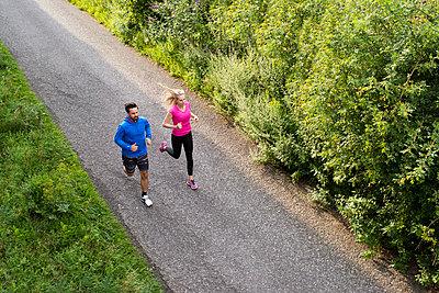 Running - p608m1058316 von Jens Nieth