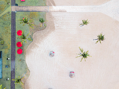 Indonesia, Bali, Aerial view of Nusa Dua beach, from above - p300m2029881 von Konstantin Trubavin