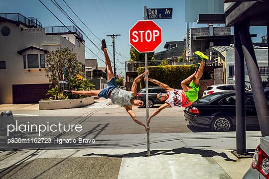 Stuntmen - p930m1162723 von Phillip Gätz