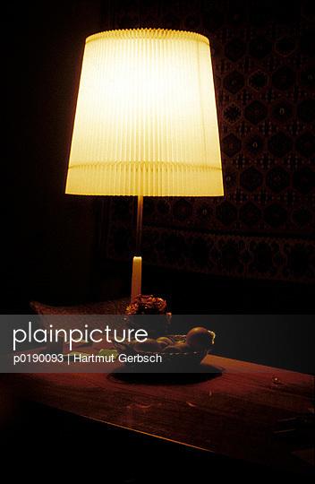 Wohnzimmerlampe - p0190093 von Hartmut Gerbsch