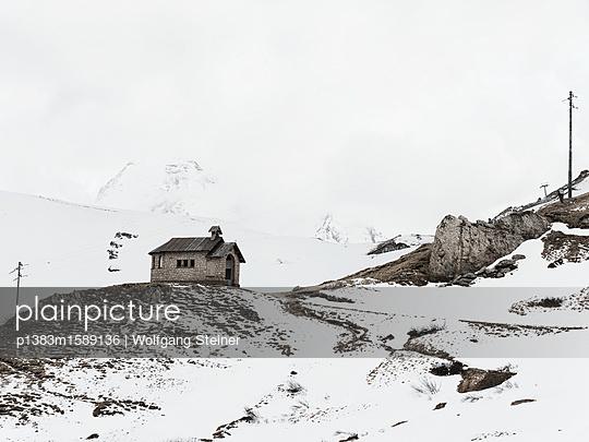 Kapelle in den Bergen - p1383m1589136 von Wolfgang Steiner