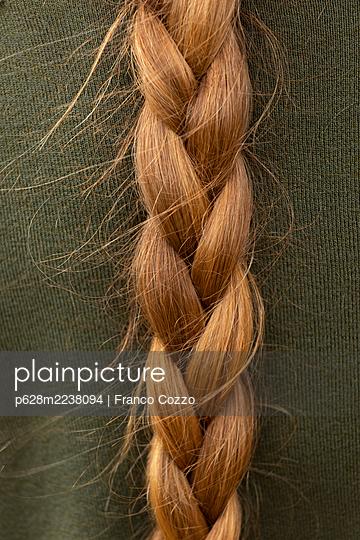 Braid, Close-Up - p628m2238094 by Franco Cozzo