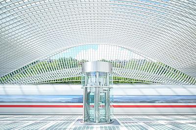 Railway station Liège-Guillemins - p587m1155069 by Spitta + Hellwig