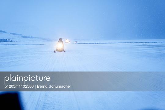 ICE - p1203m1132388 by Bernd Schumacher
