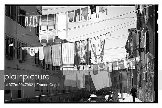 p1377m2047962 von Franco Cogoli