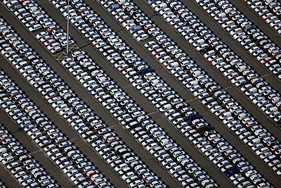 Autoverladehafen Emden - p1016m925694 von Jochen Knobloch