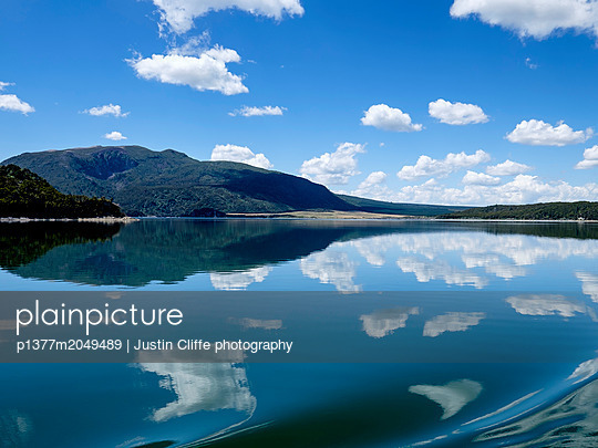 p1377m2049489 von Justin Cliffe photography
