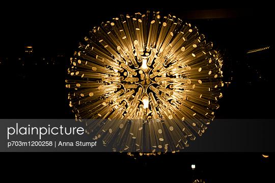 p703m1200258 by Anna Stumpf