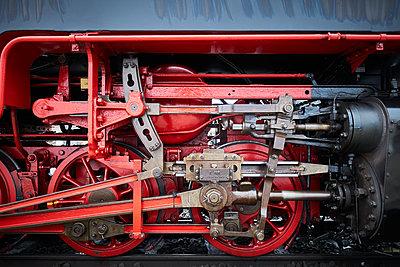 Old locomotive Harzer Schmalspurbahn - p851m1573506 by Lohfink