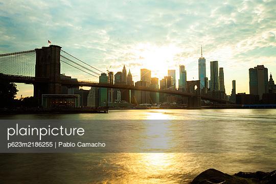 p623m2186255 von Pablo Camacho