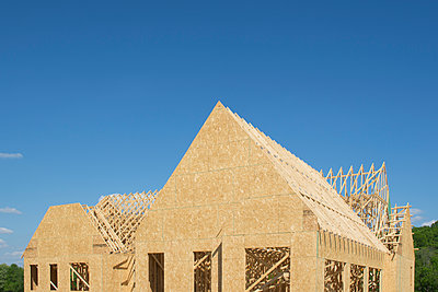 House under construction - p1427m2186450 by Chris Hackett