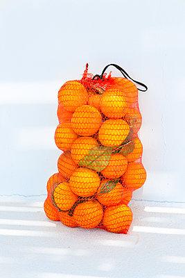 A bag full of vitamin C - p454m2150105 by Lubitz + Dorner
