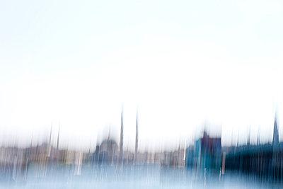 Istanbul verschwommen - p798m851796 von Florian Löbermann