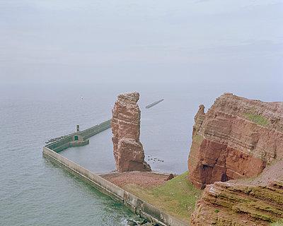 Seastack, Helgoland - p1214m1028159 by Janusz Beck