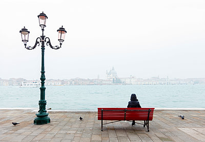 View from the island of Guidecca on San Marco, Venice, Veneto, Italy. - p651m2033711 by Peter Fischer