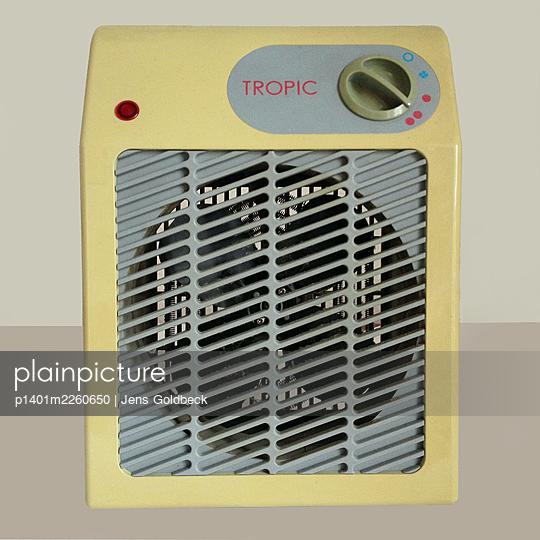 Vintage fan heater - p1401m2260650 by Jens Goldbeck