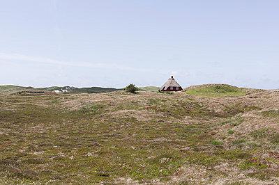 Haus in den Dünen - p1114m890417 von Carina Wendland
