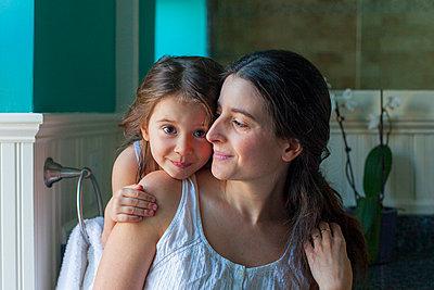 Fürsorge - p756m789441 von Bénédicte Lassalle