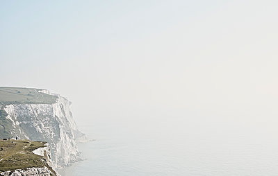 White cliffs of Dover - p850m2076695 by FRABO