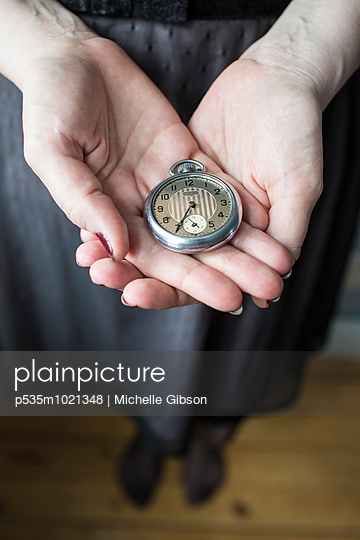 Keeping Time - p535m1021348 by Michelle Gibson
