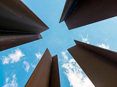 Denkmal Kunstinstallation Bernauer Straße Berlin - p1332m1460919 von Tamboly