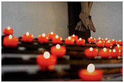Burning candles, Zwiefalten monastery - p1564m2278222 by wpsteinheisser