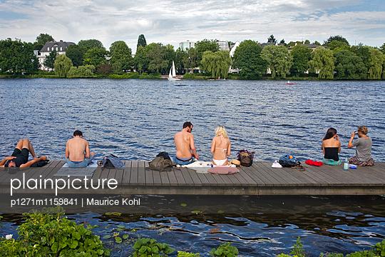 Freizeit - p1271m1159841 von Maurice Kohl