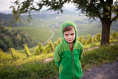 Portrait eines Jungen - p1308m2280079 von felice douglas