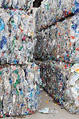 Plastikflaschen - p2380326 von Anja Bäcker