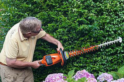 Gartenarbeit - p236m932608 von tranquillium