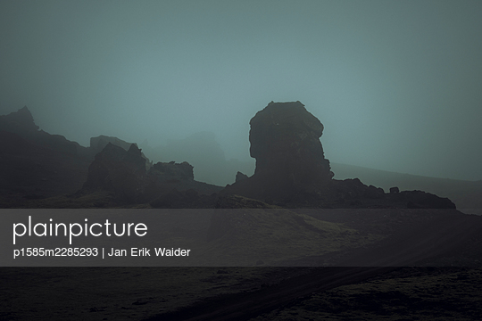 Rocks in the dark - p1585m2285293 by Jan Erik Waider