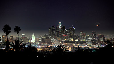 Downown L.A. - p1553m2133382 by matthieu grospiron