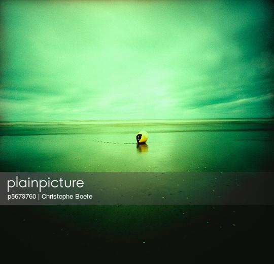 Pinhole camera - p5679760 by Christophe Boete